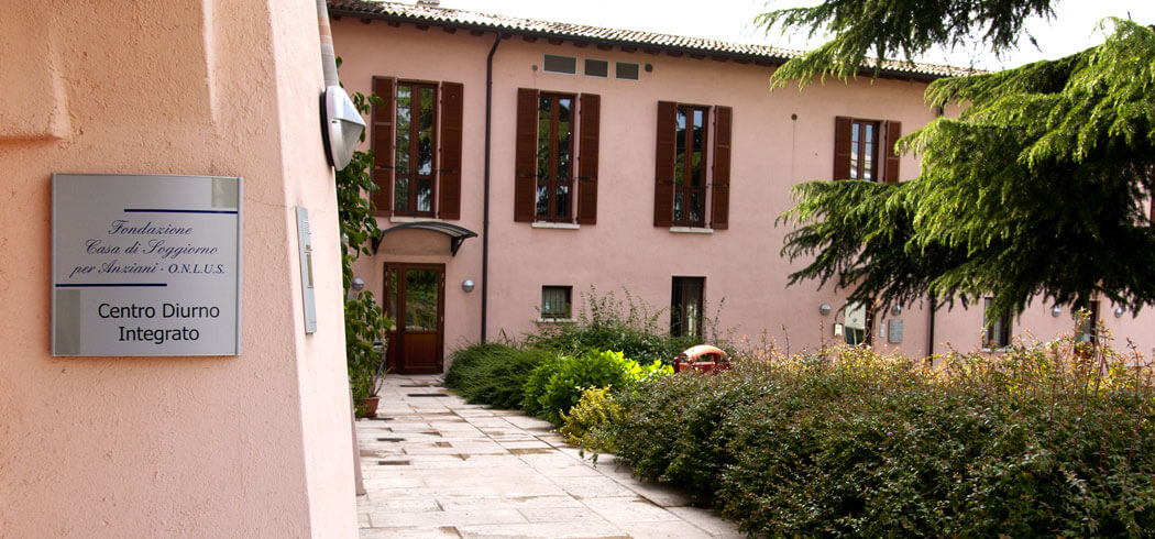 Casa di Riposo a Bedizzole, Brescia.   Strutture per anziani a ...